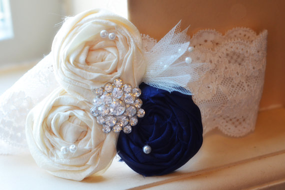 Mariage - Navy wedding garter SET- choose any colors - Navy BLUE / Vintage Wedding Dress garter belt / something Blue / Navy and Ivory / lace garter /