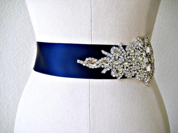 Mariage - Bridal  beaded glamorous crystal sash. Luxury rhinestone applique wedding belt. LUXE JEWEL