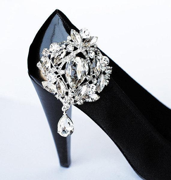 Hochzeit - Bridal Shoe Clips Crystal Rhinestone Shoe Clips Wedding Party (Set of 2) SC004LX