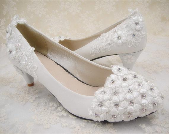 Mariage - Wedding Shoes, Crystal Flowers Bridal Shoes, Ballet Flat Shoes, Floral Lace Wedding Shoes, Prom Shoes, Bridesmaid Shoes, Beaded Lace Shoes