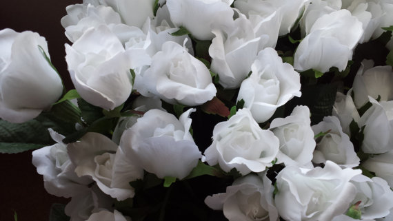 Hochzeit - White Silk Roses, 50 DIY Roses, Roses for Weddings,  Roses for Bouquets
