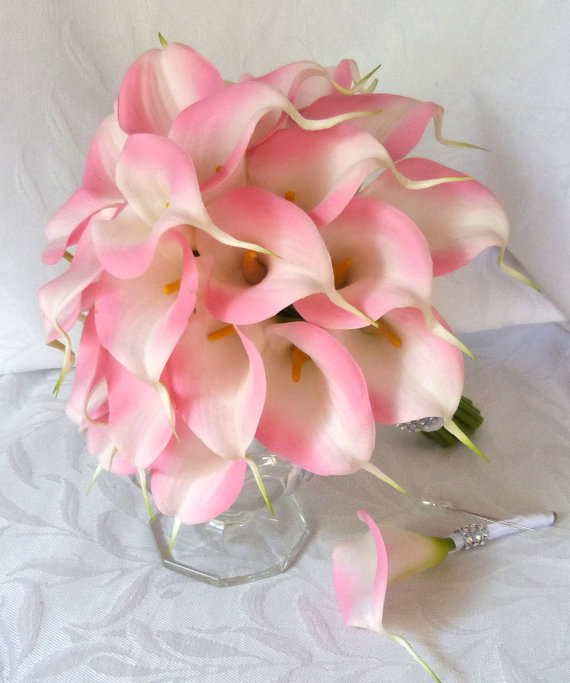 Hochzeit - Pink Calla lily wedding bouquet simple elegant Real touch mini pink calla lily bridal bouquet