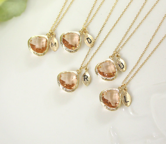 Свадьба - Bridesmaid gifts - Set of  8, 9, 10 -Leaf initial,Champagne pendant necklace, wedding, bridesmaid necklace, Peach necklace, Initia,B0060-G,