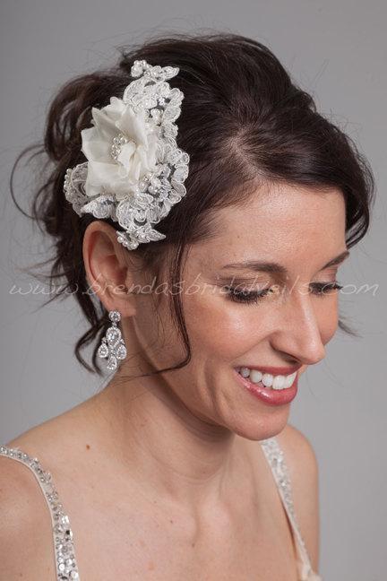 Свадьба - Lace and Silk Flower Bridal Head Piece, Wedding Lace Hair Piece, Lace Birdcage Fascinator - Presley