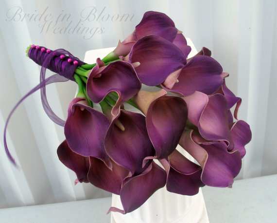 Mariage - Calla lily Wedding bouquet plum purple real touch Bridal bouquet