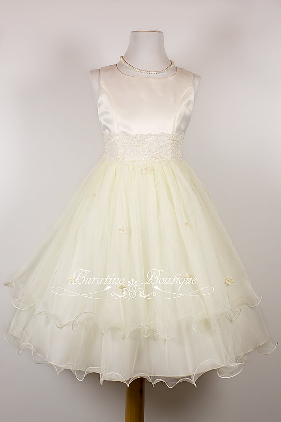 Mariage - Flower Girl Dress/ Communion White, Ivory, Pink, Special Occasion  Girls Dress,  (Ets0141)