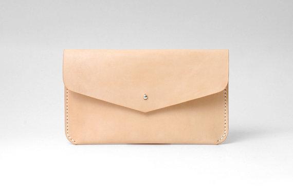 زفاف - Minimal Leather Clutch, Wedding / Evening Bag, Bridesmaid Gift, Bridal Accessories, Personalized, Handmade, Natural Tan