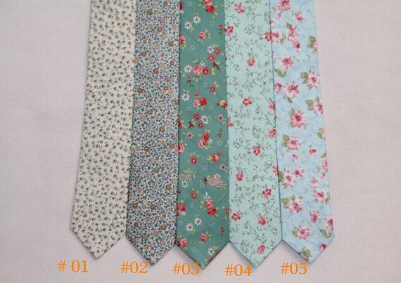Свадьба - Wedding Ties.Dark Blue Floral Ties. Neckties for Men.Silk Tie.Groomsmen Ties.