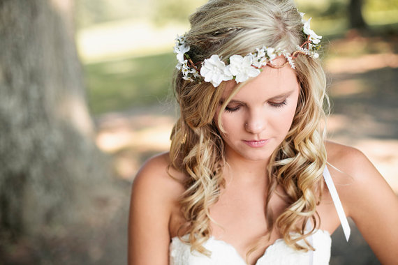 Haar - Wedding Headband - Bridal Flower Hair  2224950 - Weddbook 39da8be28e7