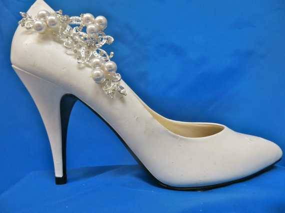 Mariage - Pearl  Shoe Clips, Rhinestone Shoe Clips, Wedding  Bridal Shoes, Bridal Shoe Accessory,