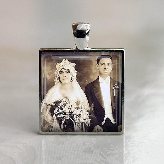Hochzeit - Bridal Bouquet Charm - Square Bouquet charm - Photo Memorial Charm