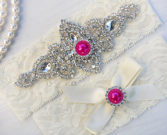 Свадьба - SALE - CHLOE II - Hot Pink Pearl Wedding Garter Set, Ivory Lace Garter, Rhinestone Crystal Bridal Garters