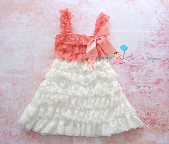 Свадьба - Flower girl dress, Coral White Lace Dress, Girls Dress, white dress,baby girls dress,Birthday dress, girls outfit, junior Bridesmaid dress