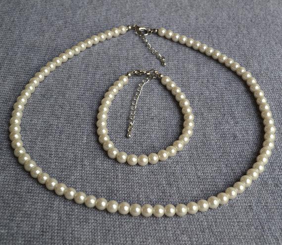 Hochzeit - pearl set,wedding pearl jewelry,ivory glass pearl, Flower Girl Pearl Set ,Jewelry set Photo Prop little girl birthday Junior brides