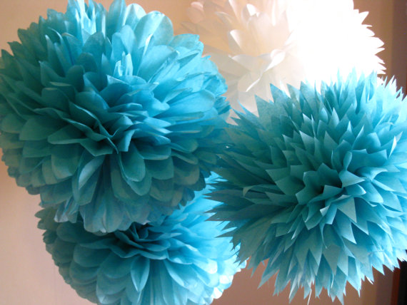 Mariage - Tissue Paper Pom Poms Set of 21 Tiffany's blue/Ceremony/Decorations/Weddings/Parties/Baptism/Baby shower