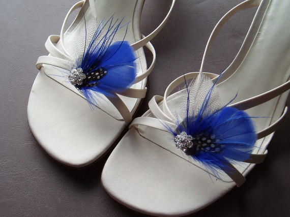 Mariage - Bridal Shoe Clips ROYAL BLUE GREY  wedding bridal shoes brides feather shoeclip