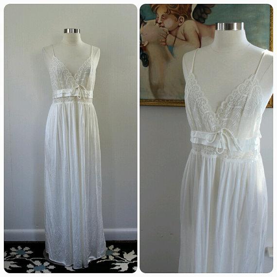 Wedding - Womens, Vintage Lingerie, White Lingerie Gown, Lace 1970s, Boudoir Gown, Medium