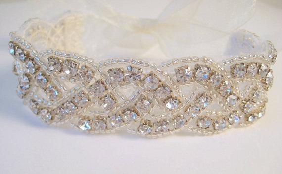 Mariage - Bridal beaded crystal woven bracelet.  Rhinestone wedding ribbon bracelet. Classic Braid