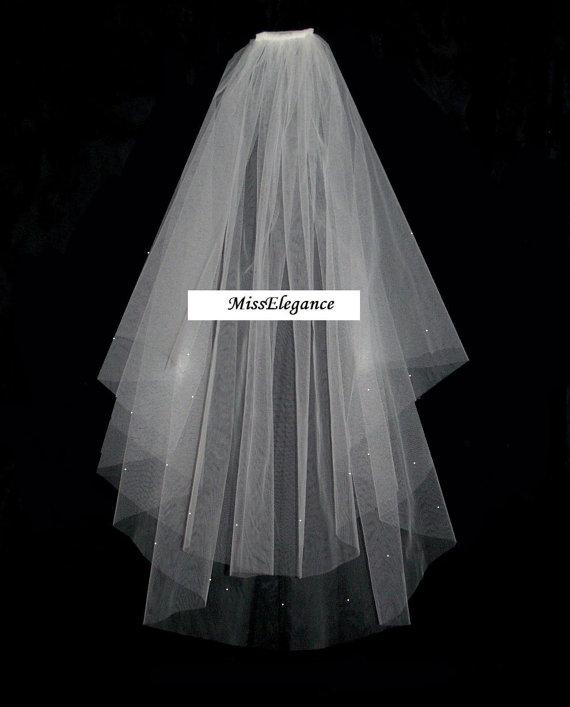"Wedding - Bridal Veil ,Wedding Veil, 2 tier Shoulder Length 15"" 20""  Communion  Hennight veil  Cut Edge veil w detachable comb & Loops White or Ivory"