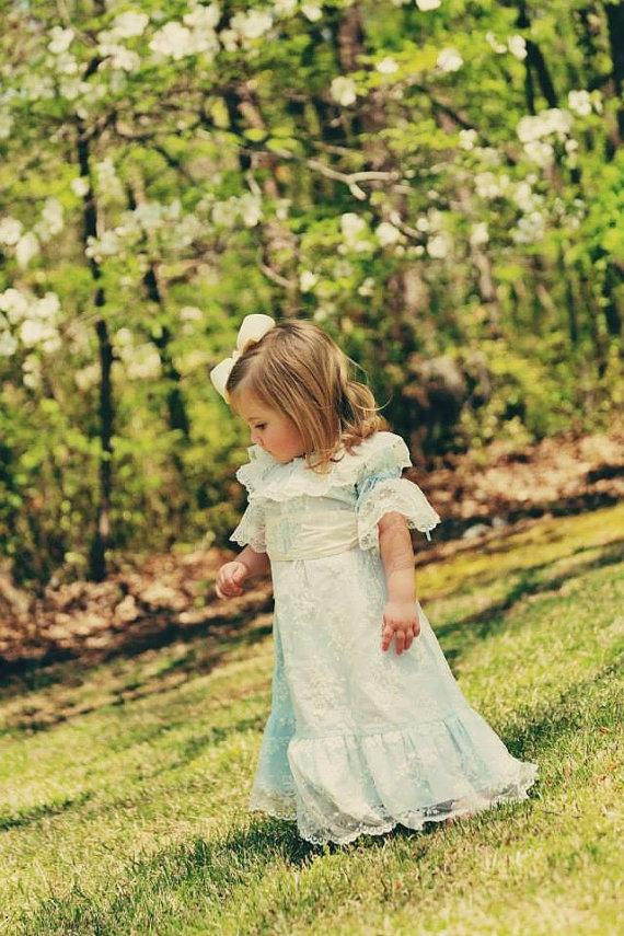 Nozze - Vintage Inspired Lace Overlay Girl Special Occasion Flower Girl Dress with Monogrammed Sash