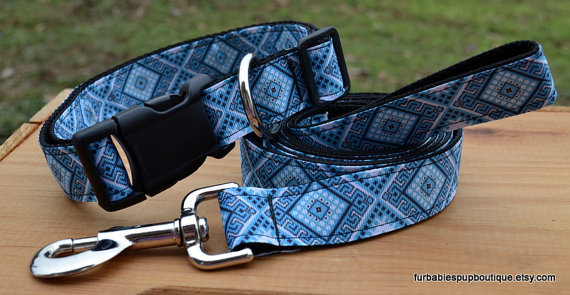 Свадьба - NEW! Blue aztec print - adjustable dog collar and leash SET. choose your size.