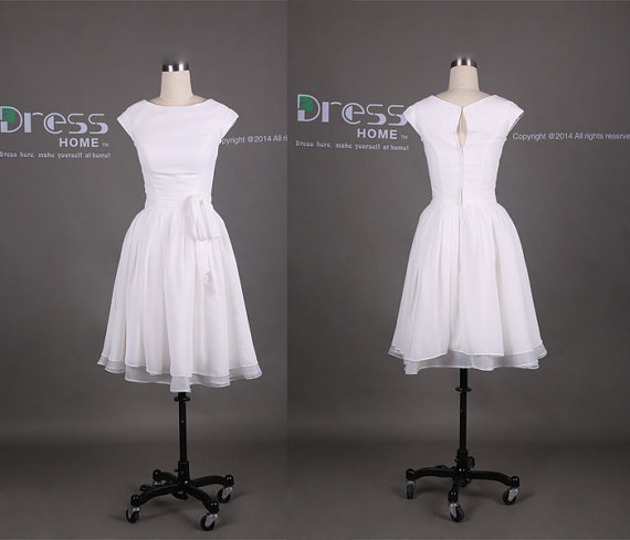 Свадьба - Simple White Cap Sleeve Knee Length Bridesmaid Dress/Cheap Short Bridesmaid Dress/Wedding Party Dress/Custom Made Bridesmaid Dress DH306