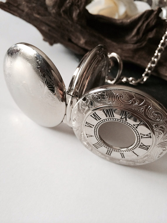 Свадьба - Personalized Silver Pocket Watch Steampunk Mechanical Watch Double Hunter pocket watch with chains Groomsmen Gift VM023