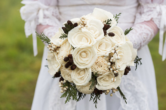 Свадьба - Bridal Bouquet - winter bridal bouquet - rustic bridal bouquet - woodland bridal bouquet - ivory bridal bouquet - pinecone bridal bouquet