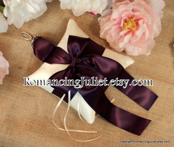 Свадьба - Pet Ring Bearer Pillow...Made in your custom wedding colors...show in ivory/plum aubergine