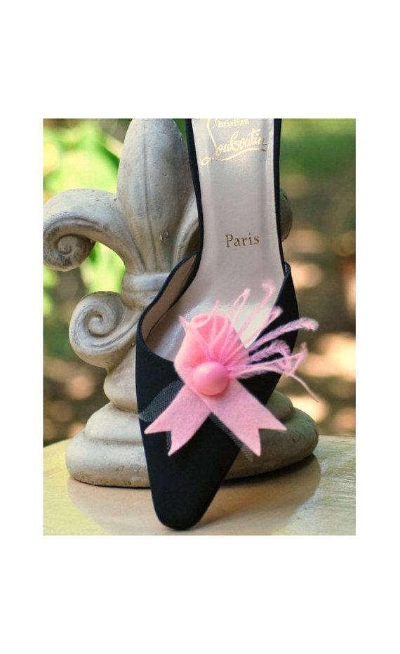 Hochzeit - Shoe Clips October Breast Cancer Awareness. Feminine Bride Bridal Couture. Beautiful Stylish Hope Care Love Statement Gossip Girl Bridesmaid
