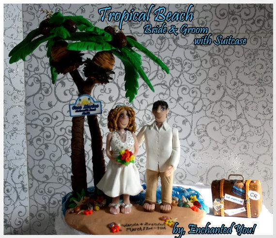 Свадьба - Tropical Beach Wedding Cake Topper, Personalized, Custom