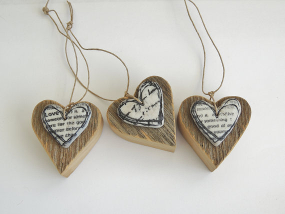 Mariage - Rustic Wood Heart, Rustic Bouquet Charm, Reclaimed Wood Heart, Barn Wood Heart, Mixed Media Heart, Wine Bottle Tag, Clay Heart, Wood Heart,