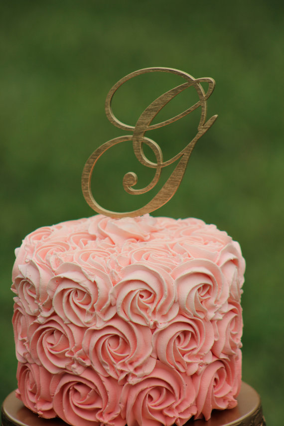 Свадьба - Gold Monogram Wedding Cake topper - Wooden cake topper - Personalized Cake topper