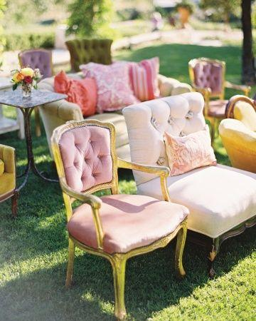 Mariage - Luscious Seating At An Outdoor Ceremony