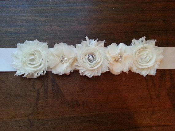 Hochzeit - Ivory Chiffon and Satin Bridal Sash Belt; Bridal Belt; Bridal Sash; Wedding Dress Belt; Wedding Dress Sash; Engagement; Maternity Sash