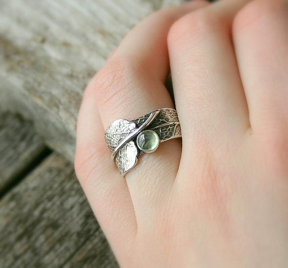 Mariage - Sage Green...Sage Leaf Ring with Prehnite....Engagement Ring Wedding Band Promise Ring