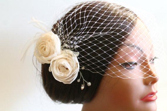 Mariage - Birdcage Bandeau Veil, Ivory Roses Birdcage Veil and Fascinator, Vintage Style Head Piece, Wedding Accessories