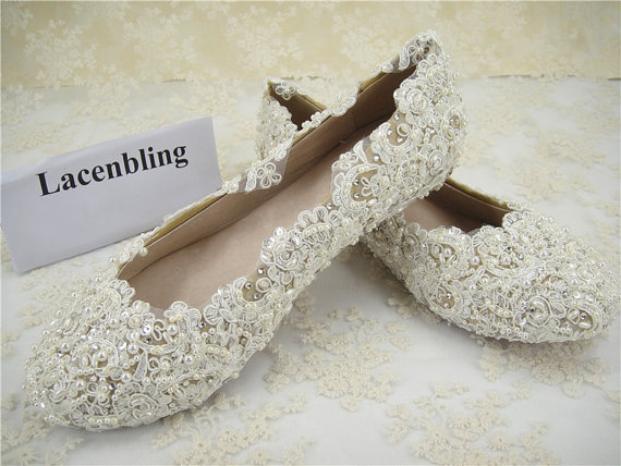 Свадьба - Wedding Shoes, Lace Bridal Shoes, Flat Lace Bridal Shoes, Pearl Bridal Shoes, Bridesmaid Shoes, Beaded Lace Shoes, Crystal Lace Shoes