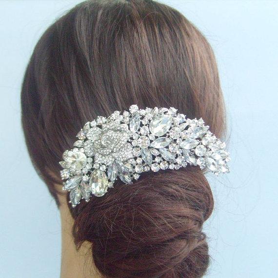 Hochzeit - Vintage Style Wedding Hair Comb, Bridal Hair Accessories, Rhinestone Crystal Flower Bridal Hair Comb, Crystal Wedding Headpiece - HSE04058C1