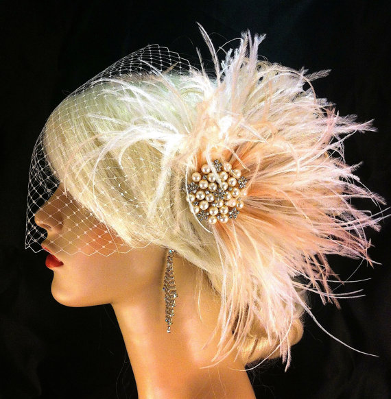 Mariage - Rhinestone Pearl Bridal Feather Fascinator, Ivory, White and Blush, Feather Fascinator, Bridal Headpiece, Wedding Veil,  Old Hollywood