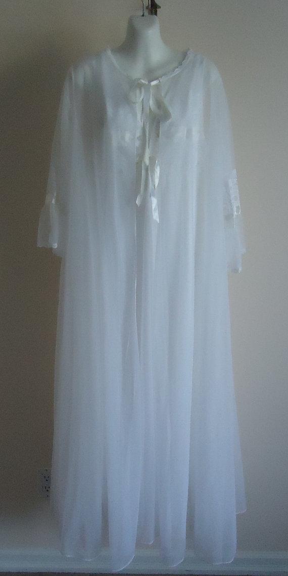 Mariage - Vintage Peignoir, Vintage Peignoir Sets, 1970s Peignoir,  White Peignoir, Chiffon Peignoir Set, Wedding, Bridal, Romantic, Vintage Lingerie