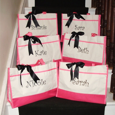 Wedding Gift Bags Bridesmaids : Bridesmaid Gift Totes, Personalized Bridesmaid Gift Tote Bags ...