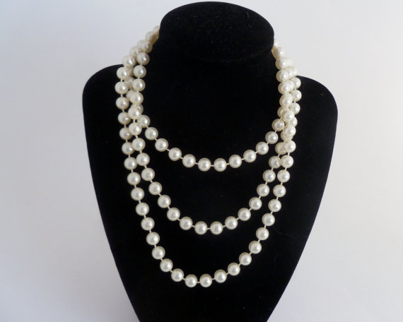 "Mariage - 48"" strand of 6.5mm pearls - 1950s vintage pearls - bridal wedding jewelry"