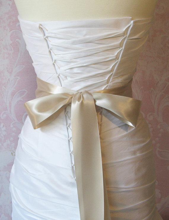 Mariage - Oatmeal Double Face Satin Ribbon, Pale Champagne 2.25 Inch Wde Ribbon Sash, Beige Bridal Sash, Tan Wedding Belt, 4 Yards