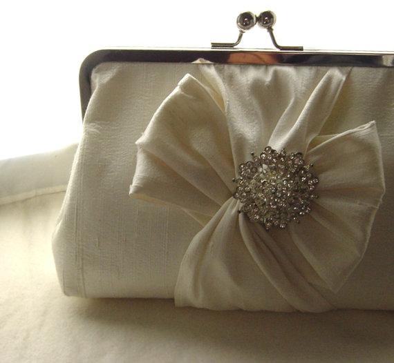 Mariage - Ivory Bridal Clutch / Ivory Wedding Clutch / Bridesmaids Clutch /  Chloe