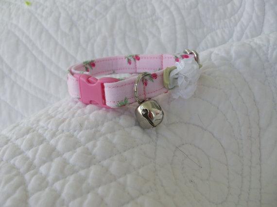 زفاف - Pink Shabby Chic  Cat Collar with bell   Wedding Cat  Breakaway Collar Custom Made