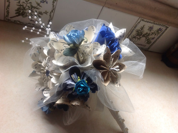 kusudama wedding bouquet includes 8 origami flowers