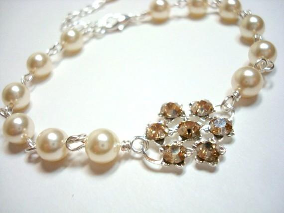 زفاف - Bridal bracelet, pearl bracelet, wedding jewelry, wedding bracelet with Swarovski golden shadow crystald and Swarovski pearls
