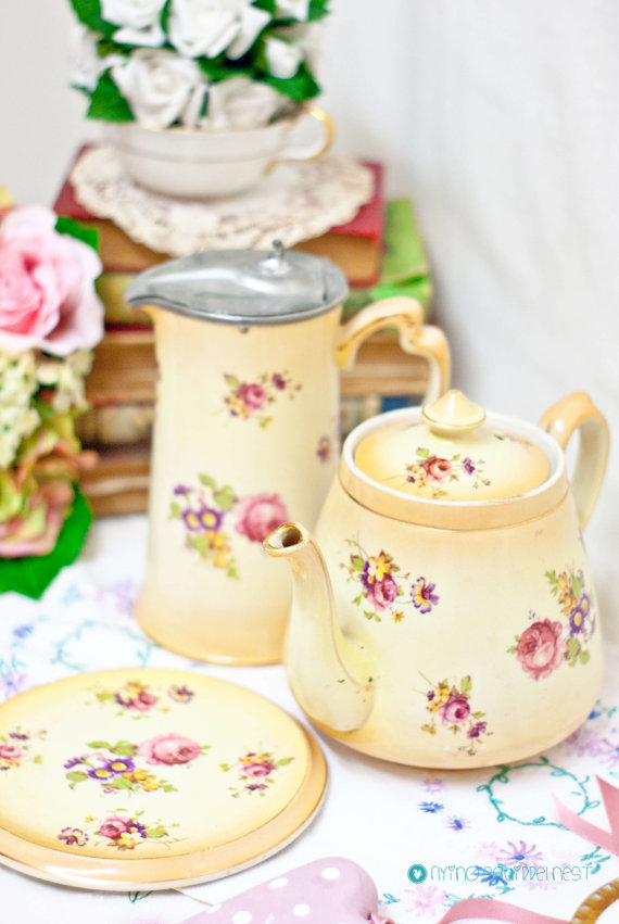 Mariage - 3 piece- Lovely Hand gilded tea set:Teapot with stand and Hot water jug by Samuel Johnson Ltd .Rose Bouquet Made in England 1900c