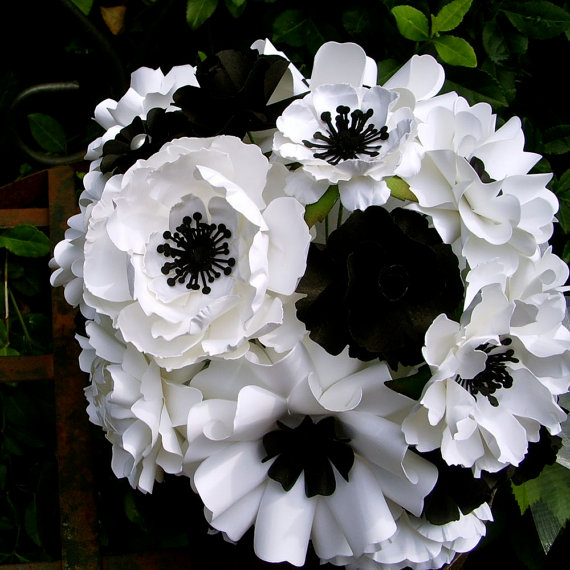 Свадьба - Black and White - Paper Bouquet - Customize your Style and Colors - Made To Order